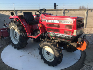 Shibaura D235F Japanese Compact Tractor (1)