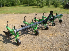 Cultivator with 5 hoe units, with hiller, Komondor SK5 - Implements - Cultivators