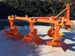 Plow with 3 heads, for 19-30HP Japanese compact tractors, Komondor SER-3 - Implements - Plows