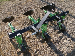 Cultivator with 3 hoe units, with hiller, Komondor SK3 - Implements - Cultivators