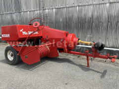 Square baler for Japanese compact tractors, 30x40cm. Used - Implements -