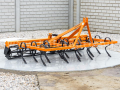 Combinator 180 cm, for Japanese compact tractors, with spring tines and clod crusher, Komondor SKO-180 - Implements - Cultivators with Tines