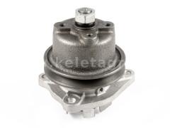 Kubota L1501 water pump - Compact tractors -