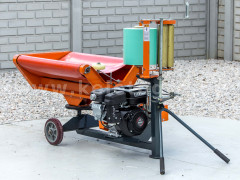 Bale wrapper for Komondor RKB850 and RKB870 round balers - Implements -