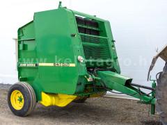 Round Baler John Deere 545 - Implements -